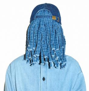 69「BRIMLESS CAP」