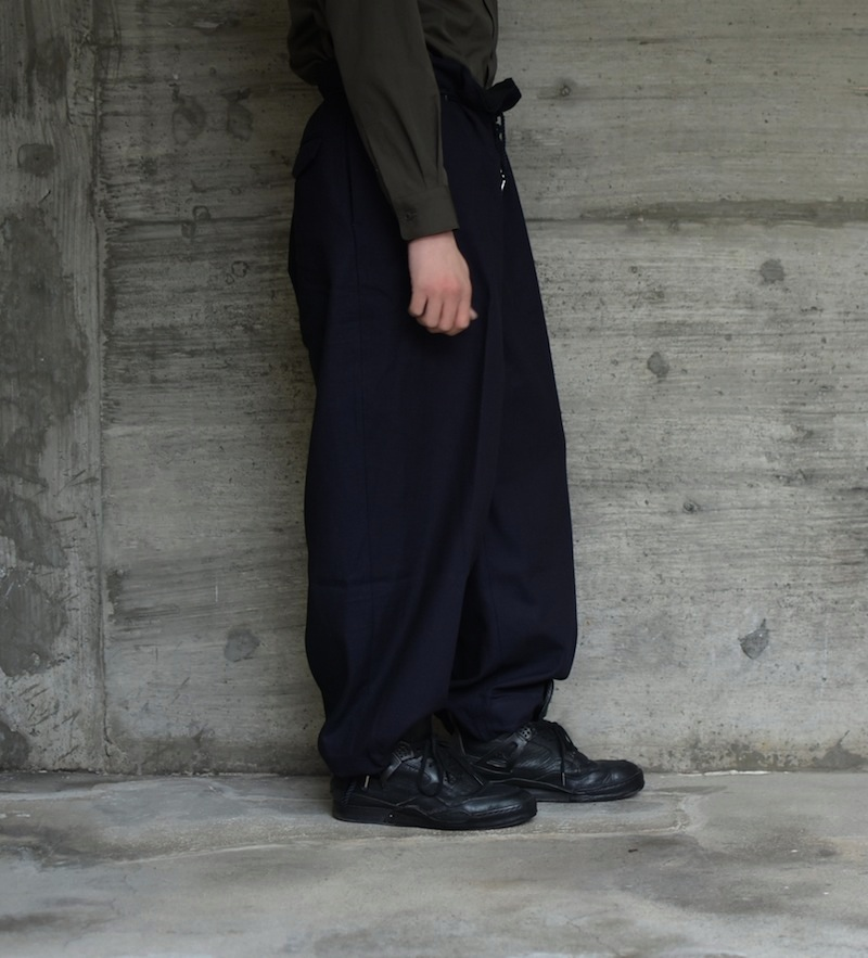 the Sakaki「Tuck Denim Wide / indigo 」