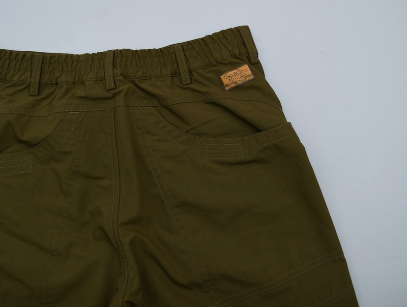 BROWN by 2-tacs「HIKE SHORTS」