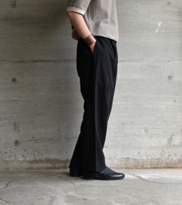 the Sakaki「Slacks ing (exclusive item) / Black」