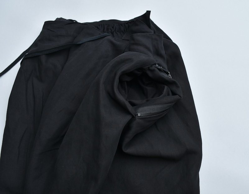 the Sakaki「Slacks ing (exclusive item) / Black」