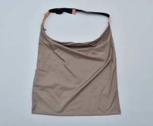 "WHOWHAT「WRAP BAG "" M "" /  MOCHA 」*limited spot item"
