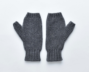 AUGUSTE-PRESENTATION「ウール/カシミヤ 指抜き手袋 / CHARCOAL」