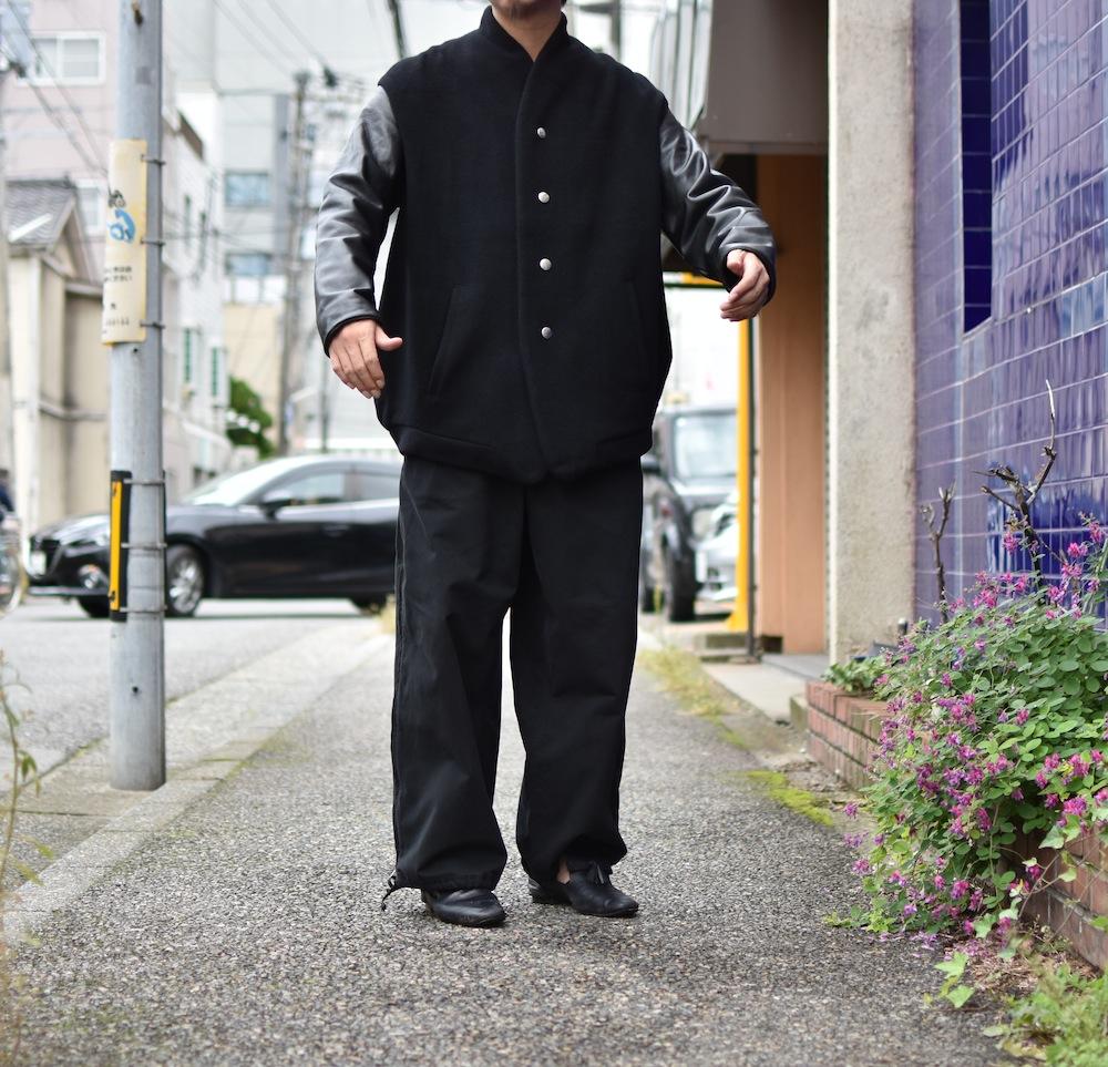 the Sakaki 「 stadium jumper (cow leather)  / Black 」
