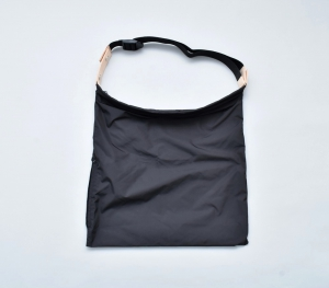 "WHOWHAT 「WRAP BAG "" S ""  / BLACK」*limited spot item"