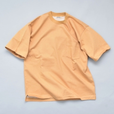 AURALEE 「 STAND-UP TEE / CAMEL YELLOW 」