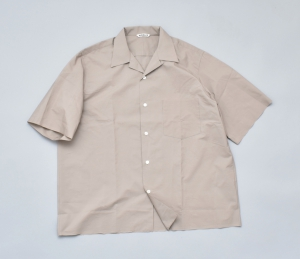 AURALEE「SELVEDGE WEATHER CLOTH OPEN COLLARED HALF SLEEVE SHIRTS / GRAY BEIGE」