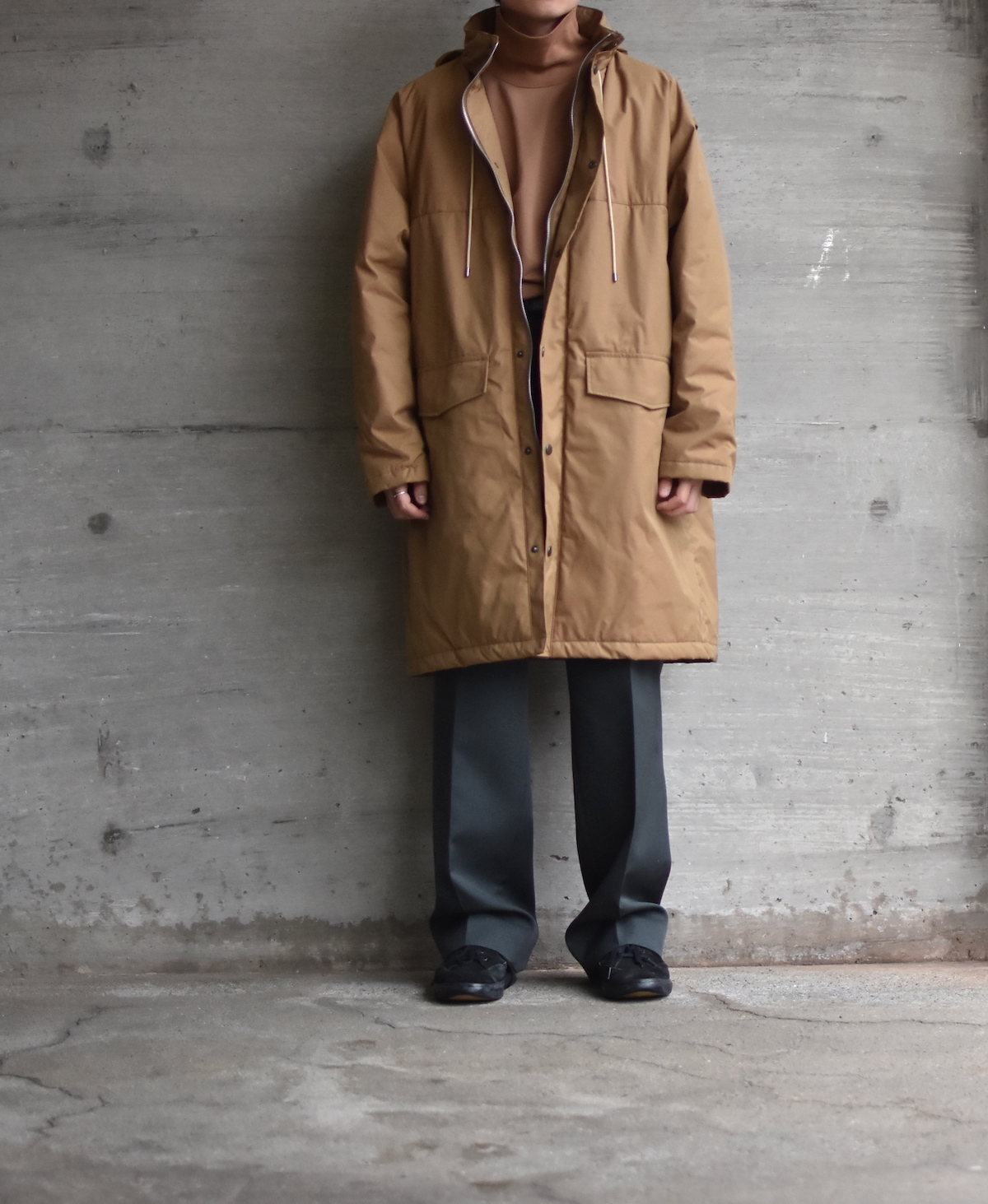 AURALEE 「 FINX NYLON OX BATTING HOODED COAT 」