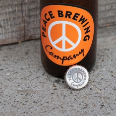 "BROWN by 2-tacs × Tennesea 「 Silver Crown cap pins ""BEER BOTTLE"" 」"
