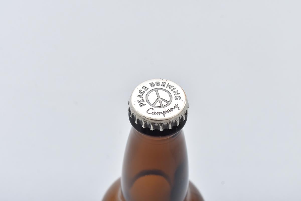 "BROWN by 2-tacs × Tennesea 「 Silver Crown cap pins ""BEER BOTTLE"" 」"
