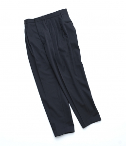 ESSAY「P-1 : 3 TUCKED SLACKS」