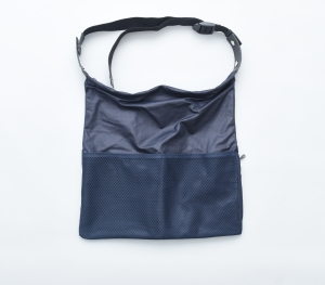 "WHOWHAT「WRAP BAG "" S "" /  NAVY×BLACK 」"