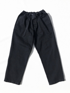 COMFORTABLE REASON 「 Black Easy Denim 」