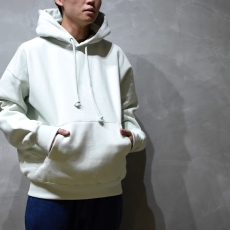 AURALEE「 BAGGY POLYESTER SWEAT P/O PARKA / MINT GREEN 」