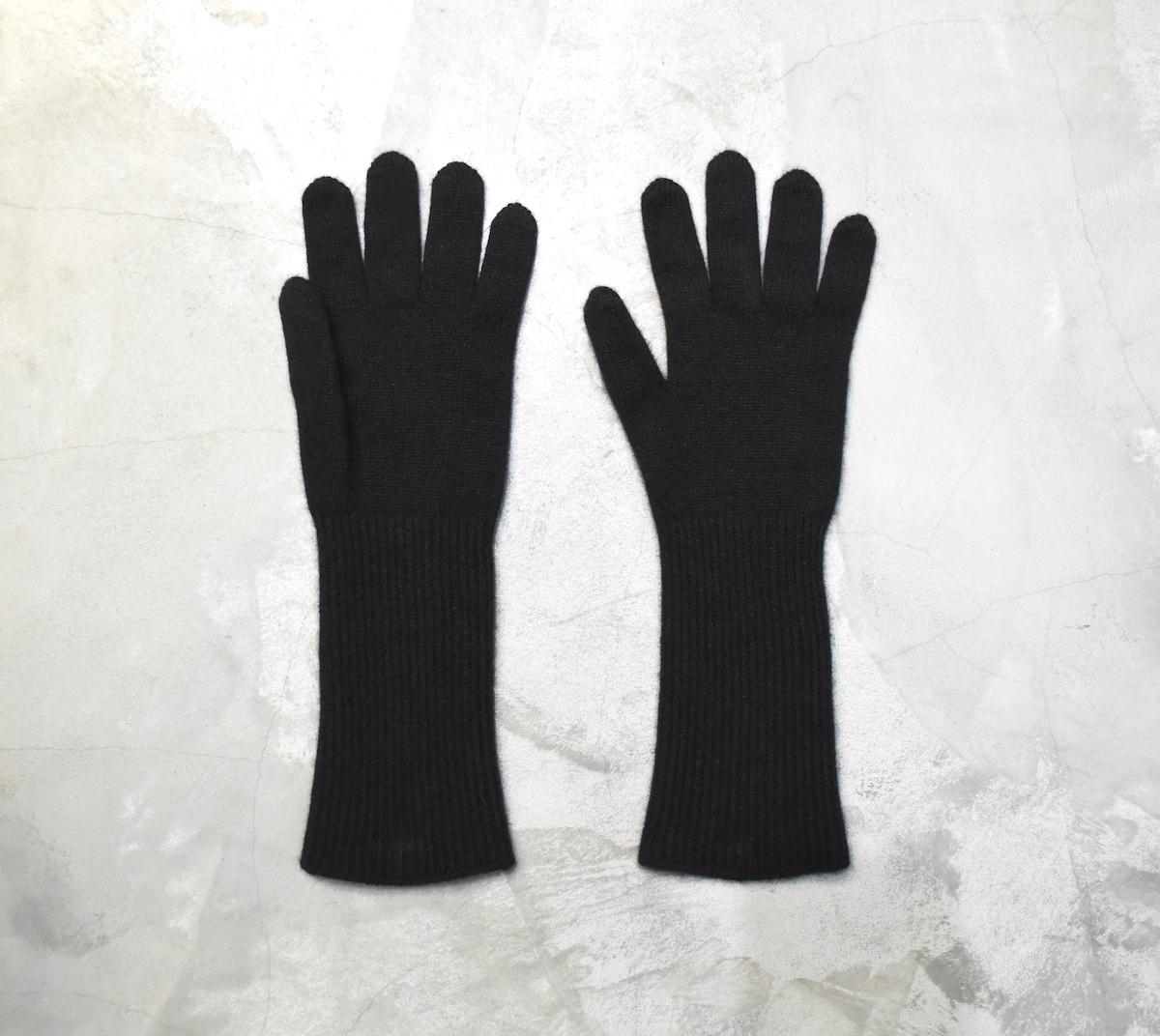 AURALEE「 BABY CASHMERE KNIT LONG GLOVES / BLACK 」