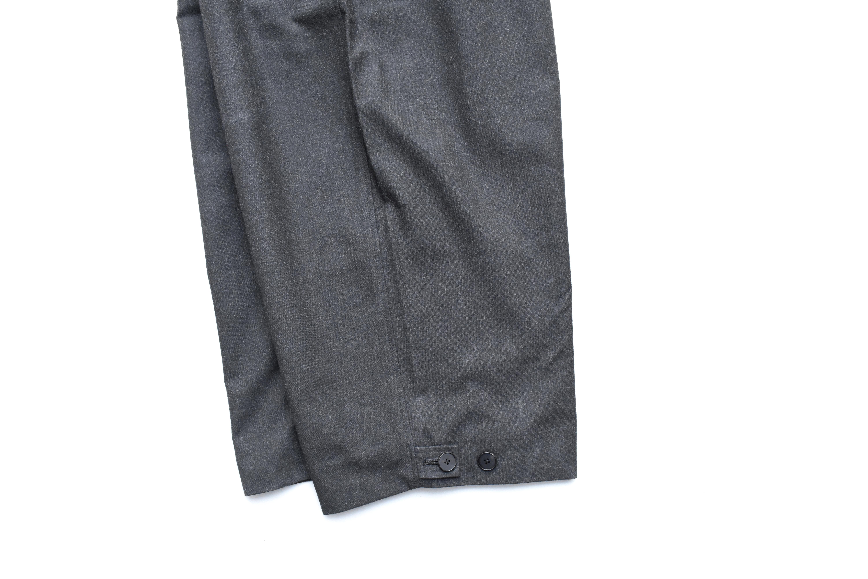ESSAY「P-2 : HAKAMA SLACKS / Dark grey」