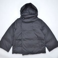 YearOne 「 Happy Jacket (Puffer jacket with removable hood) 」