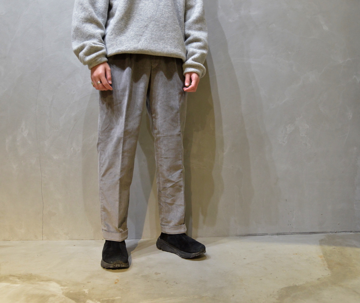 BROWN by 2-tacs 「 TAPERED SLACKS / GRAY 」