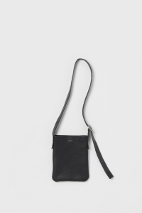 Hender Scheme「one side belt bag small / black」
