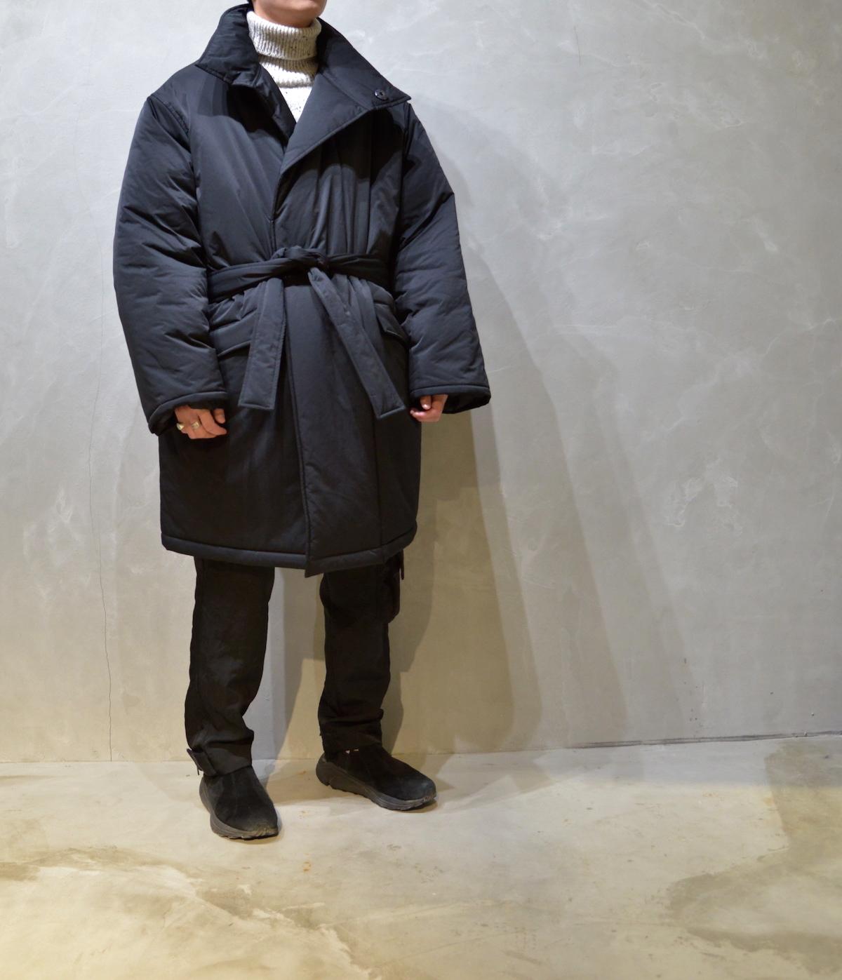 WHOWHAT 「 TIBET HALF COAT /  BLACK 」