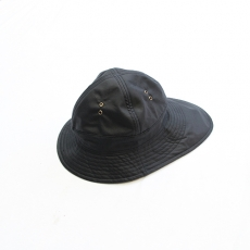 BROWN by 2-tacs 「 OILD HAT *The British Millerain Co.Ltd. 」