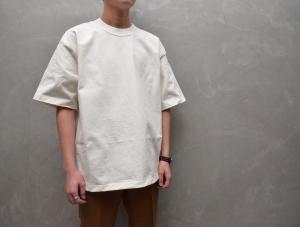 AURALEE 「 STAND-UP TEE / WHITE 」--11