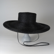 凹凸 -bocodeco- 「 Raffia Braid Roll-Up Brim Hat / BLK 」