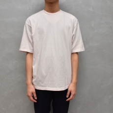 AURALEE「 SEAMLESS CREW NECK HALF SLEEVED TEE / LIGHT PINK 」