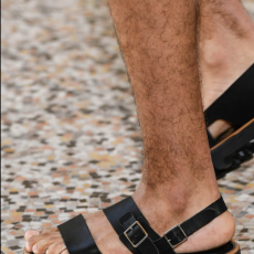 AURALEE「 LEATHER BELT SANDALS MADE BY FOOT THE COACHER / BLACK 」