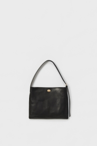 twist-buckle-bag-M-black-1