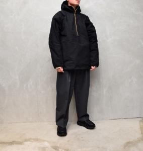 MAN-TLE 「 R9 - HOOD PULL OVER SHIRT / BLACK WAX 」--03