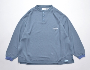 gourmet jeans 「 HENLY NECK SWEAT / BLUE GRAY 」