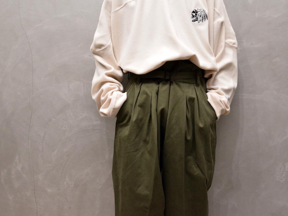 ESSAY 「 P-3 : SHIN HAKAMA SLACKS / khaki 」