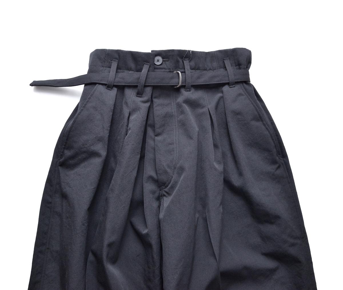 ESSAY 「 P-3 : SHIN HAKAMA SLACKS / black 」