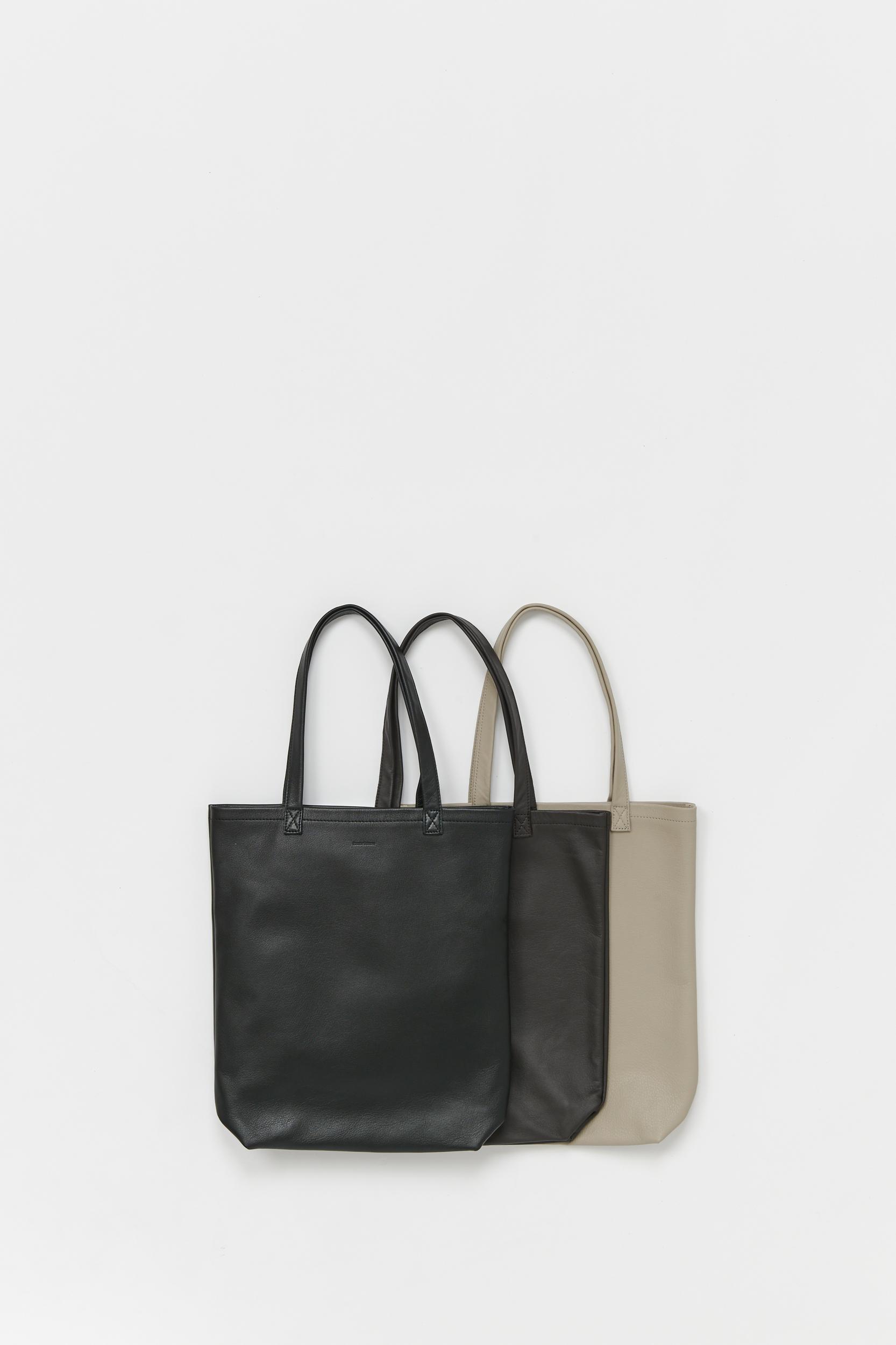 Hender Scheme 「 cow bag M / black 」