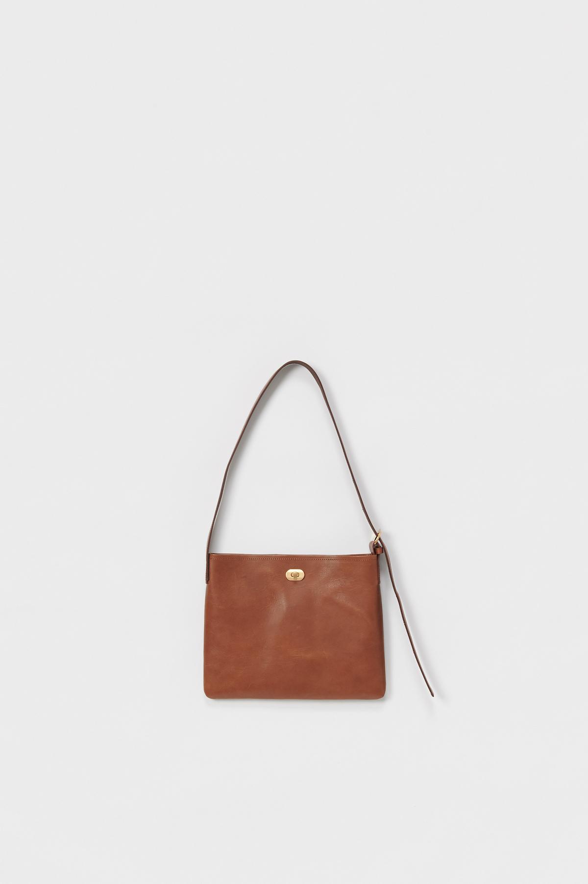 Hender Scheme「twist buckle bag S / dark brown」