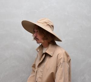 AURALEE 「 WASHED FINX RIPSTOP CHAMBRAY LONG BRIM HAT MADE BY KIJIMA TAKAYUKI / BEIGE CHAMBRAY 」