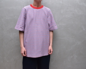 CAMIEL FORTGENS 「 11.01.03 TAILORED TEE SHORT SLEEVE JERSEY / BLUE/RED PATTERN 」