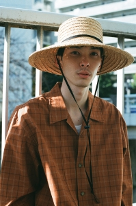 凹凸 -bocodeco- 「 Wide Raffia Long Brim Hat / NAT-BLK 」