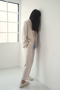 WHOWHAT 「 WING PANTS / OFF BEIGE 」