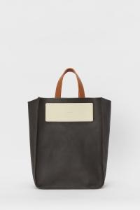 Hender Scheme「reversible bag large / choco」