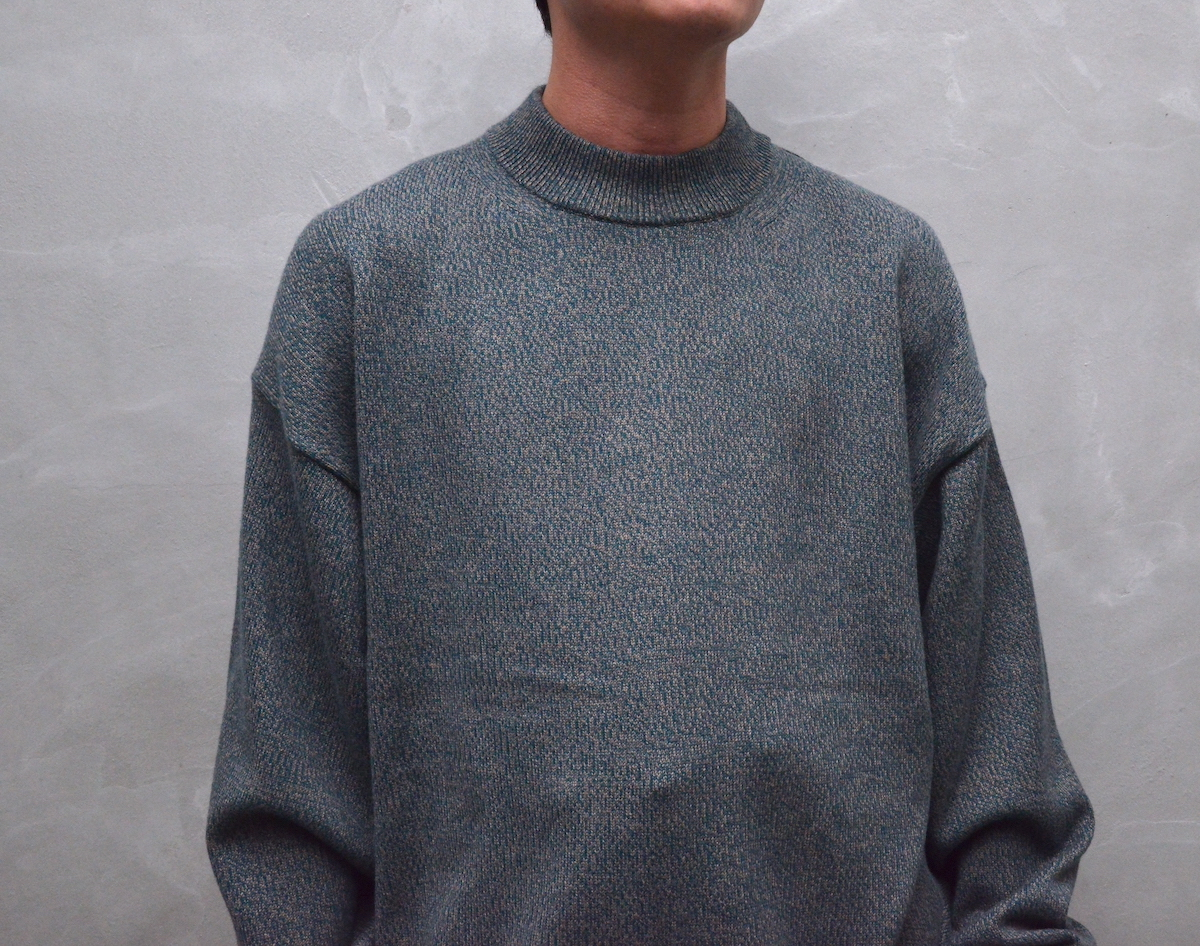 crepuscule 「 Mock neck L/S / Green × Brown 」